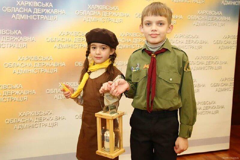 Пластуни станиці Харків поширили Вифлиємський Вогонь Миру на Слобожанщині