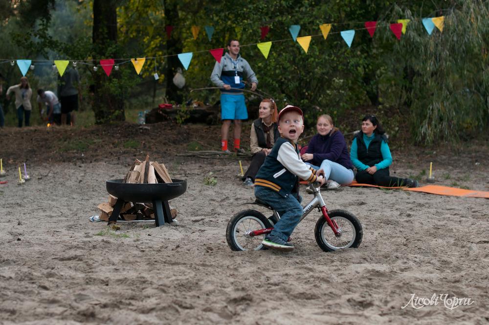 5 порад, як організувати розвиваючі ігри для наймолодших дітей –– вдома і надворі